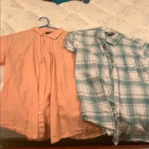 Set of 2 men's large short sleeve button down
